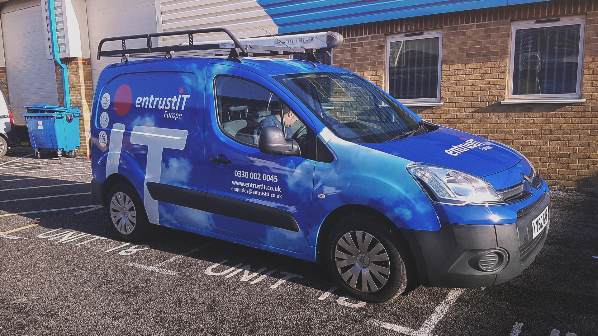 Portfolio - Entrust It Vehicle Wrapping