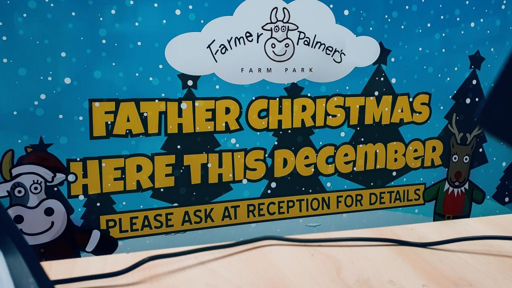 Portfolio - Farmer Palmer's Father Christmas 2019 Sign - Insignia Signs