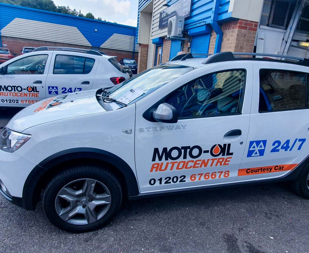 Moto-Oil Autocentre Cars Vehicle Wrap