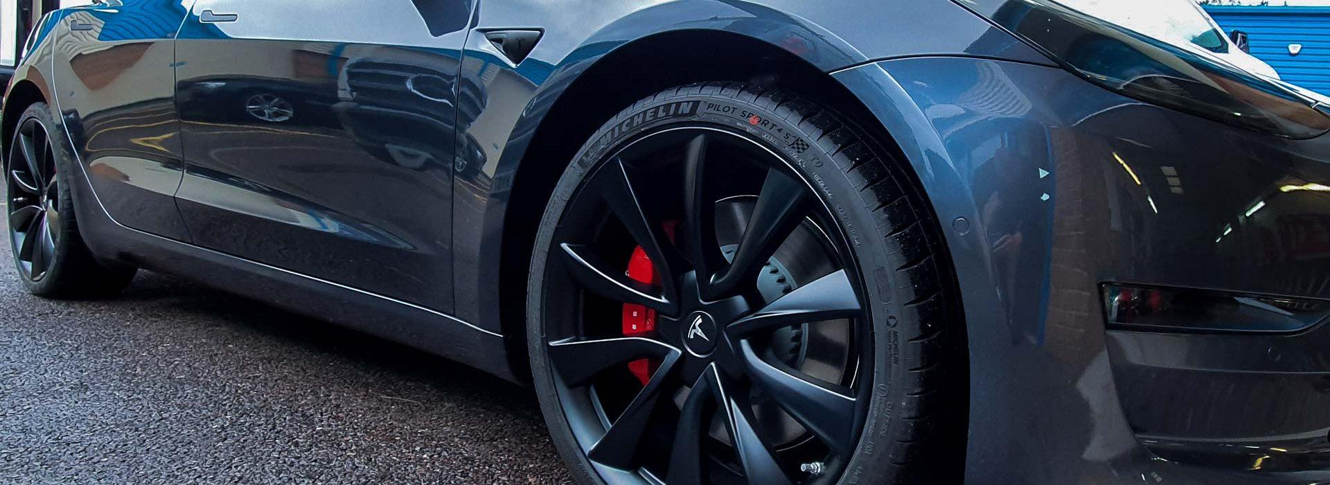Portfolio - Tesla Car Wrap Wheels - Insignia Signs